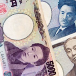日本の借金は過去最大の1,053兆円!今年生まれた赤ん坊も830万円の借金を抱える計算に!