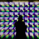 日経平均株価一時800円超の下落!誰かが言った・・・日経平均株価20,000円台は「買い」です!と。短期の上げ下げに賭けるのはもう止めませんか?