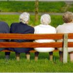 2015年は過去最高、日本人口の4人に1人が65歳以上の高齢化社会時代に本格突入(若い世代の年金を支えるのは?)